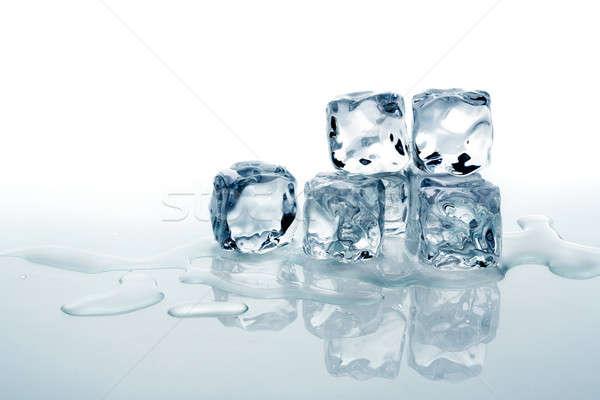 Jégkockák víz fény ital fehér hideg Stock fotó © Alexstar