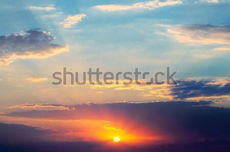 Zdjęcia stock: Piękna · Świt · mętny · niebo · chmury · słońce