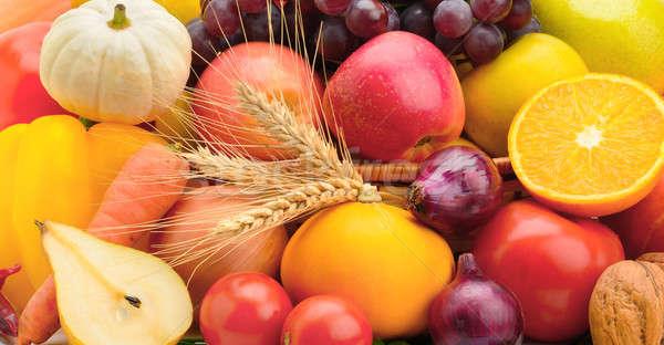 Fényes szett gyümölcsök zöldségek alma gyümölcs Stock fotó © alinamd
