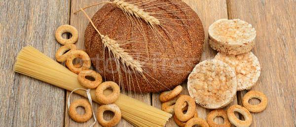 Kenyér tészta sütemények fából készült felület étel Stock fotó © alinamd