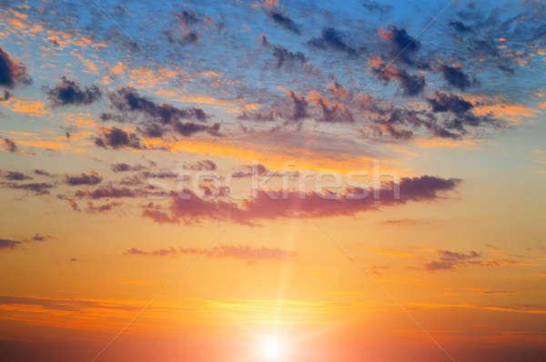 Mooie zonsopgang bewolkt hemel zon zonsondergang Stockfoto © alinamd