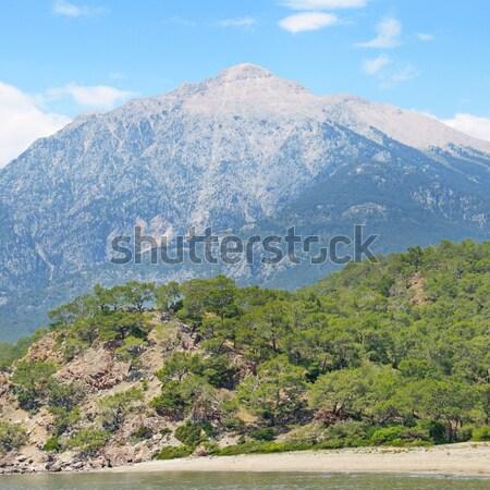 Stock fotó: Gyönyörű · hegy · tájkép · kék · ég · felhők · tavasz