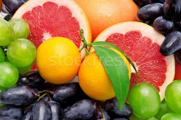 Mooie tropische vruchten voedsel vruchten achtergrond groene Stockfoto © alinamd