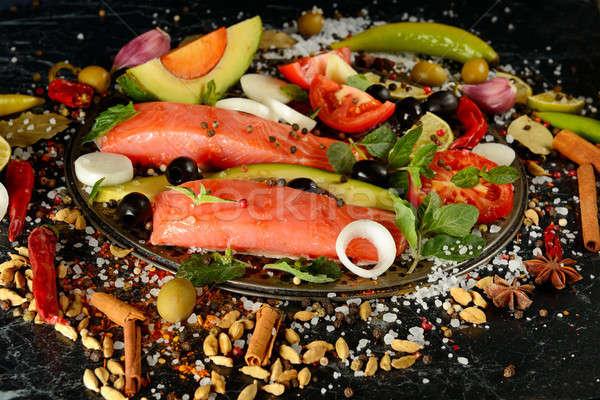 Filet saumon épices sombre poissons noir Photo stock © alinamd