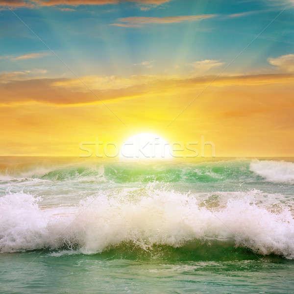 Fantastyczny Świt ocean niebo wiosną słońce Zdjęcia stock © alinamd