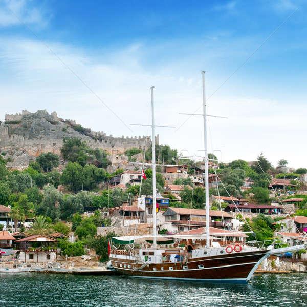 Vitorlás hajó tenger vitorlázik csónak romok óváros Stock fotó © alinamd
