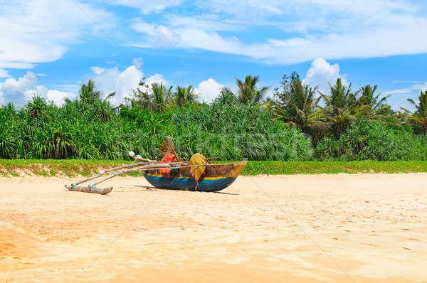 Eski kumlu kıyı deniz plaj Stok fotoğraf © alinamd