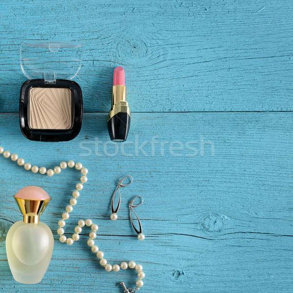 Cosmetica sieraden parels oude houten Blauw Stockfoto © alinamd