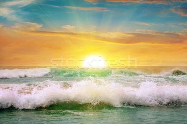 Fantastisch zonsopgang oceaan hemel voorjaar zon Stockfoto © alinamd