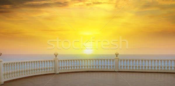 美しい 遊歩道 日の出 海 ビーチ 空 ストックフォト © alinamd