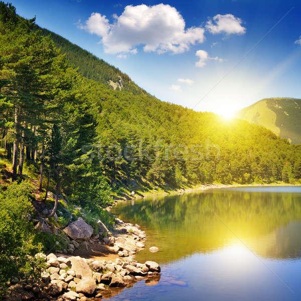 Stok fotoğraf: Resmedilmeye · değer · göl · dağlar · mavi · gökyüzü · gökyüzü · ağaç