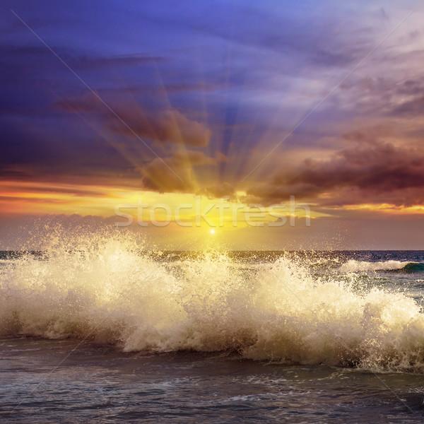 Fantastyczny wygaśnięcia ocean niebo wody krajobraz Zdjęcia stock © alinamd