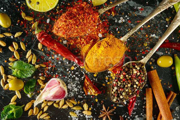 Variëteit specerijen kruid keukentafel kruiden achtergrond Stockfoto © alinamd