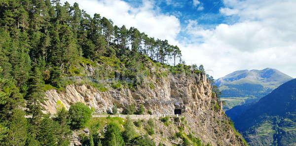 Bergen weg tunnel breed foto hemel Stockfoto © alinamd