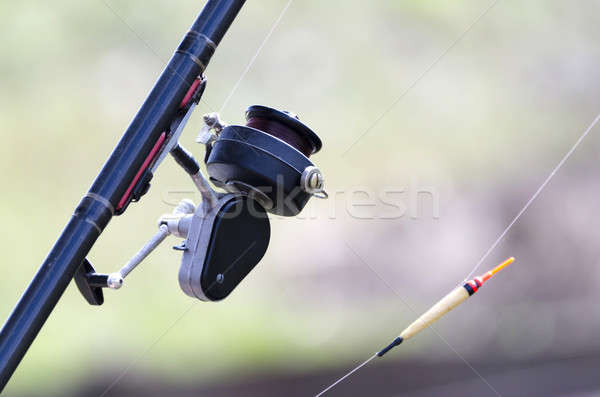 Canne à pêche bobine radeau pêche corde Photo stock © AlisLuch