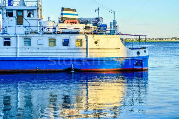 Seyir turist gemi su şafak iş Stok fotoğraf © AlisLuch