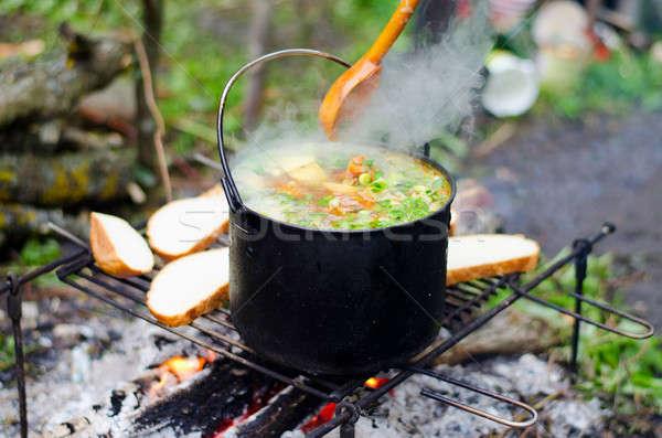 Pişirme çorba yangın hazırlık patates Çorbası gıda Stok fotoğraf © AlisLuch