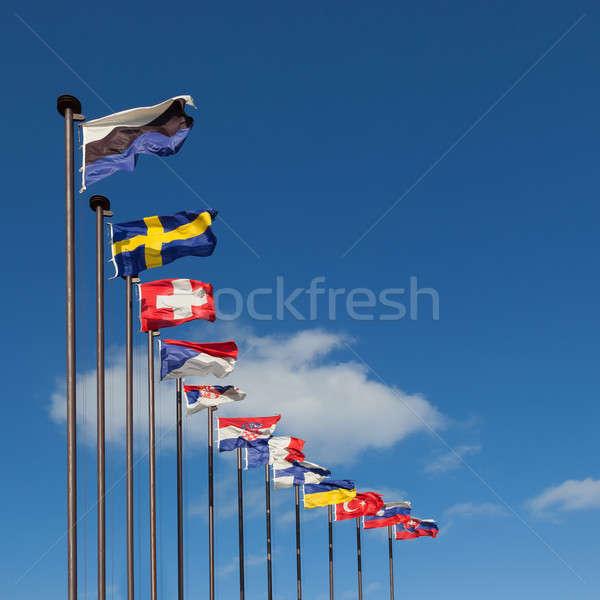 Vlaggen verschillend landen blauwe hemel reizen vlag Stockfoto © All32