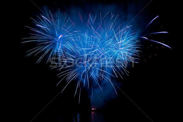 Belo fogos de artifício céu noturno festa fumar noite Foto stock © All32