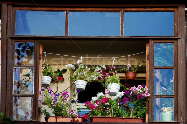 Varanda flores flor casa edifício Foto stock © All32