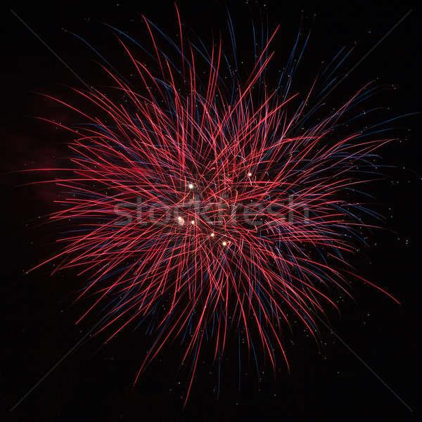 Belle rouge feux d'artifice ciel de la nuit ciel art Photo stock © All32