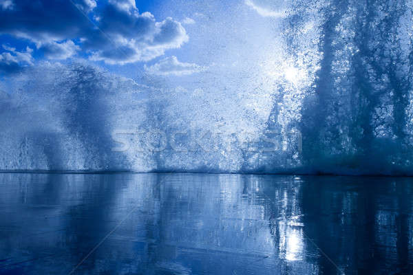Ondas cais luz sol praia céu Foto stock © All32
