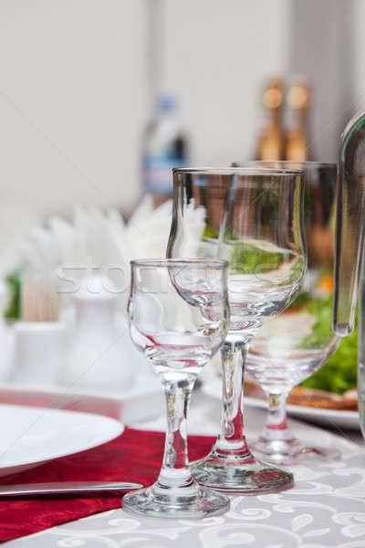 Geserveerd banket tabel wijnglazen bruiloft partij Stockfoto © All32