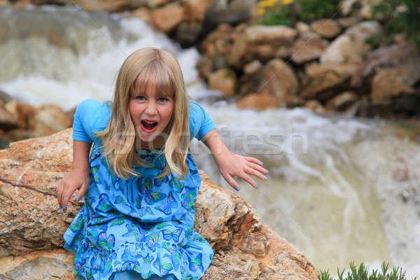 Vicces arc aranyos fiatal lány ijesztő lány gyermek Stock fotó © allihays