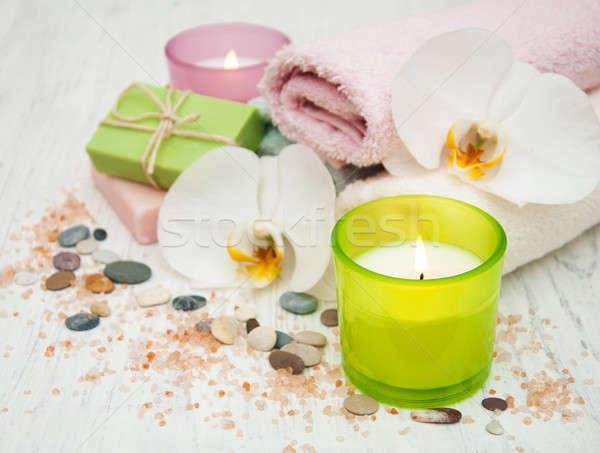 Orchideeën kaars handdoek handgemaakt zeep oude Stockfoto © almaje