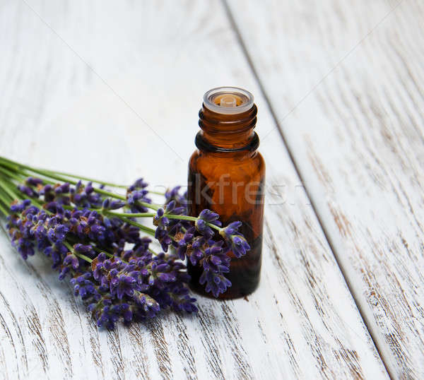 Lavanda óleo de massagem velho flor flores Foto stock © almaje