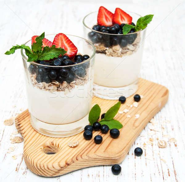 Joghurt friss bogyók fából készült tej eper Stock fotó © almaje