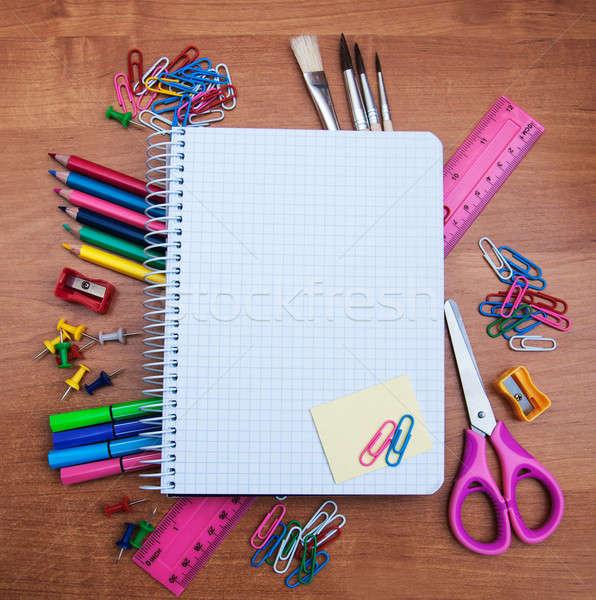 Portable fournitures scolaires bois papier bois éducation Photo stock © almaje