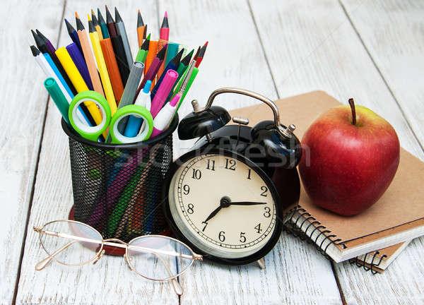 Stock fotó: Iskola · irodaszerek · fa · asztal · könyv · óra · alma