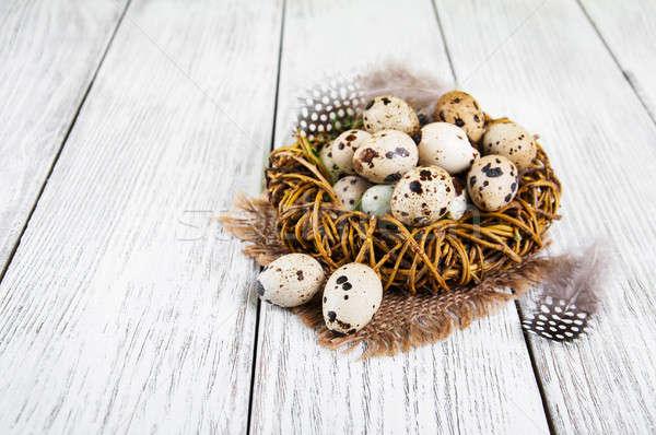 Ovos ninho velho mesa de madeira comida saúde Foto stock © almaje