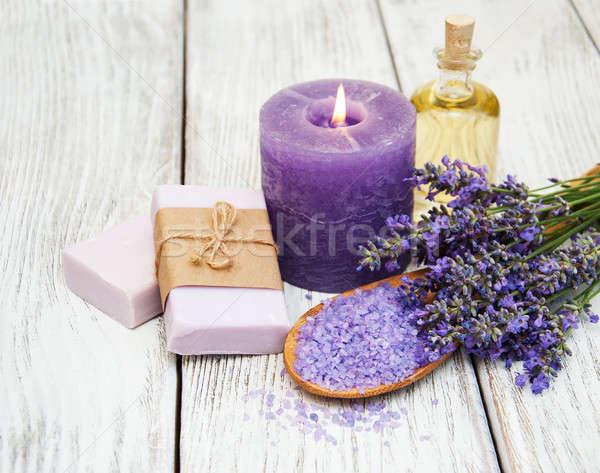 Estância termal produtos lavanda flores velho Foto stock © almaje