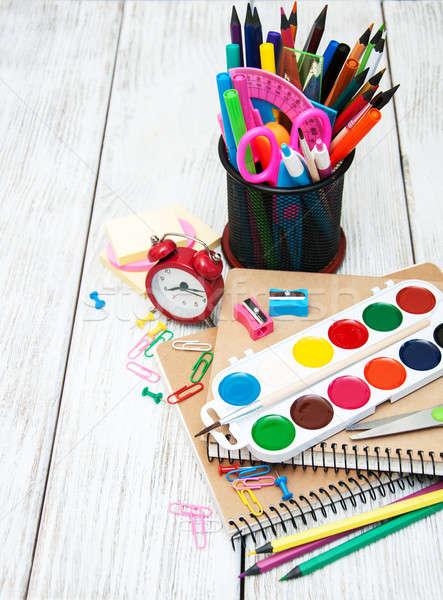 学校 事務用品 古い 木製のテーブル ペン 鉛筆 ストックフォト © almaje