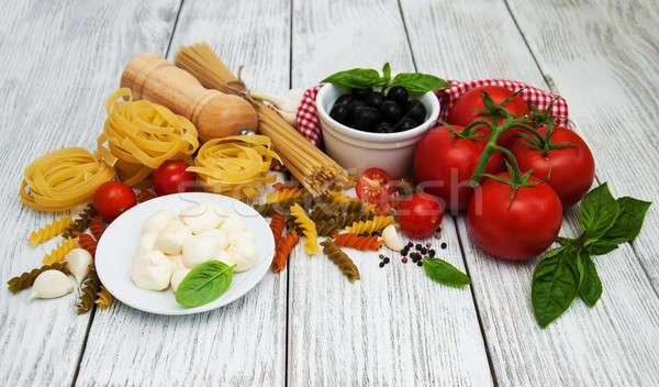 İtalyan gıda malzemeler eski ahşap arka plan tablo Stok fotoğraf © almaje