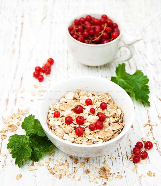 Reggeli friss bogyók öreg fa asztal piros Stock fotó © almaje