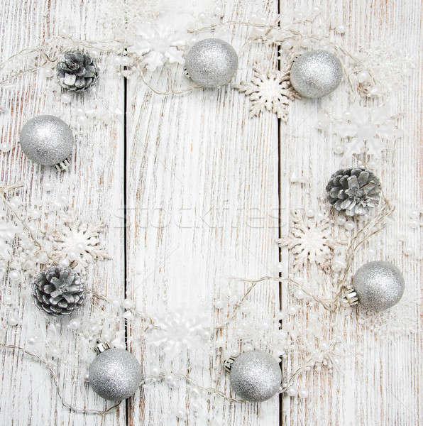 Noel tatil dekorasyon ahşap masa kar arka plan Stok fotoğraf © almaje