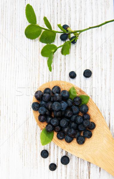 áfonya öreg fakanál fából készült fa gyümölcs Stock fotó © almaje