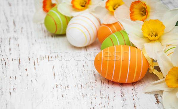 Ovos de páscoa narcisos flores velho primavera Foto stock © almaje