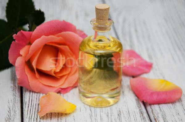 Spa roze rozen oude houten licht Stockfoto © almaje