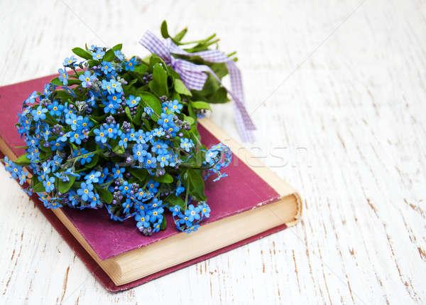 Сток-фото: цветы · мне · не · старые · книги · текстуры