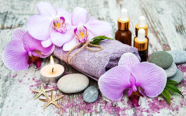 Spa producten orchideeën massage oude houten Stockfoto © almaje