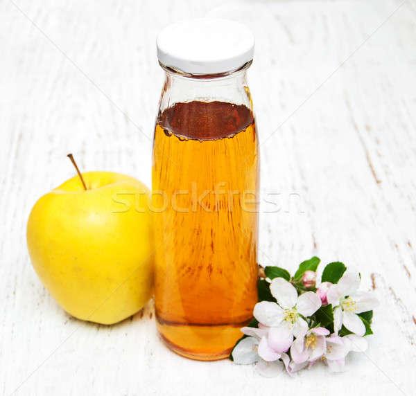 üveg almalé virágok fából készült virág fény Stock fotó © almaje