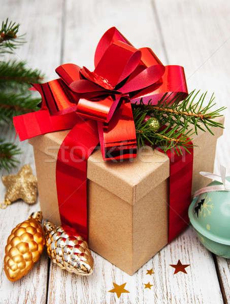 Navidad caja de regalo decoraciones edad árbol Foto stock © almaje
