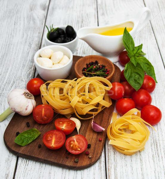 Сток-фото: итальянской · кухни · Ингредиенты · старые · таблице · нефть