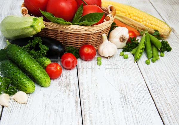 Friss nyár zöldségek öreg fából készült étel Stock fotó © almaje