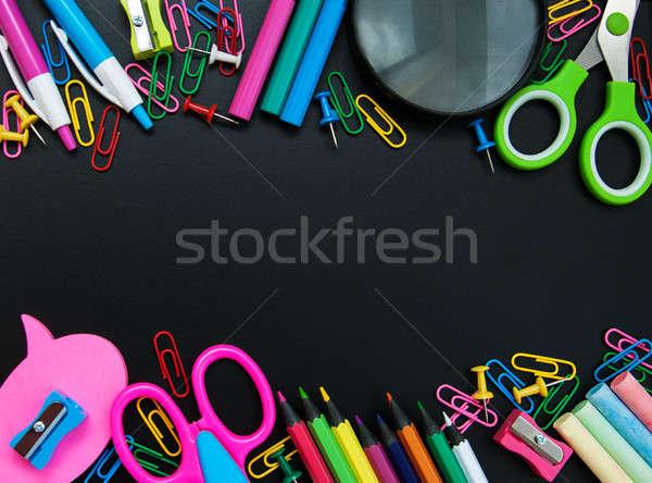 Stockfoto: School · schoolbord · pen · potlood · onderwijs