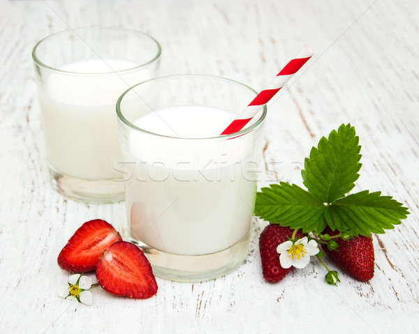 Milk and strawberries Stock photo © almaje
